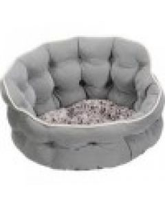 """SmartyKat® Crown Comfort™ 17x 17x 9 Round Pet Bed """